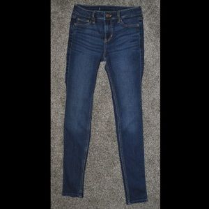mid-rise hollister skinny jeans